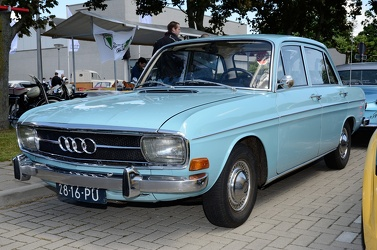 Audi 60 L 4-door sedan 1970 blue fl3q
