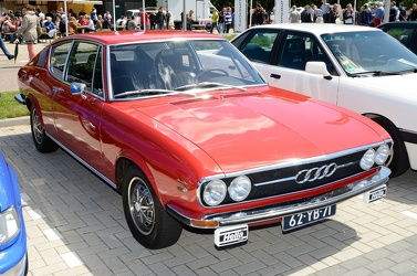 Audi 100 Coupe S 1973 red fr3q
