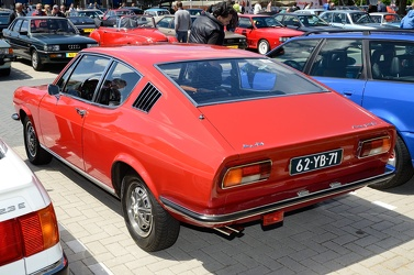 Audi 100 Coupe S 1973 red r3q