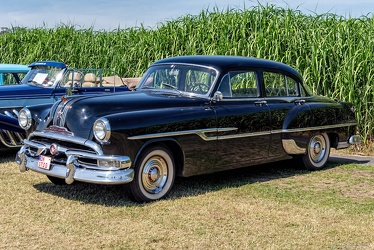 Pontiac Chieftain DeLuxe 4-door sedan 1953 fl3q