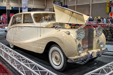 Rolls Royce Silver Wraith limousine by Hooper 1954 fr3q