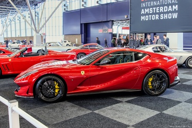 Ferrari 812 Superfast 2018 side