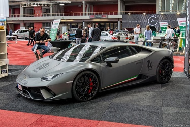 Lamborghini Huracan LP640-4 Performante wrapped 2018 fl3q