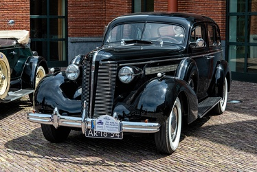 Buick Special 4-door touring sedan 1937 fl3q