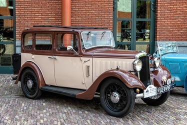 Hillman Minx 6-light saloon 1934 fr3q