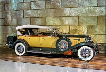 Packard 840 DeLuxe Eight sport phaeton 1931 side