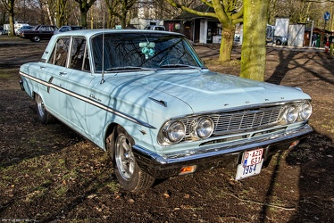 Ford Fairlane 500 4-door sedan 1964 fr3q