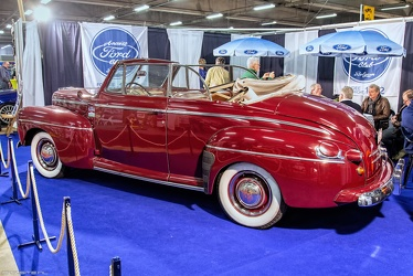 Ford V8 Super DeLuxe convertible coupe 1947 r3q
