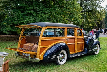 Packard 1901 One-Twenty DeLuxe station wagon by Hercules 1941 r3q