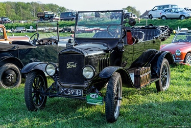 Ford Model T tourer 1924 fl2q