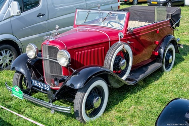 Ford V8-18 14/65 PS 4-window cabriolet by Deutsch 1932 fl3q