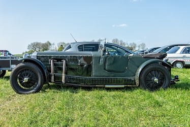Invicta 1.5 Litre 12/90 HP supercharged low chassis tourer 1933 side