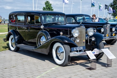 Cadillac Series 355 C V8 imperial sedan by Fisher 1933 fr3q