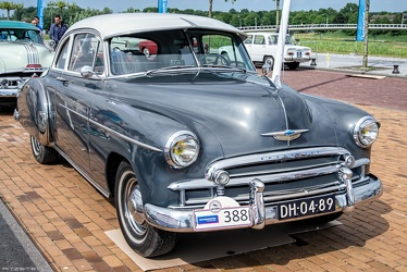Chevrolet Styleline DeLuxe Sport coupe 1950 fr3q