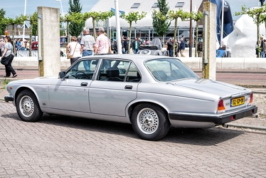 Jaguar XJ6 S3 4.2 Litre Sovereign 1986 r3q