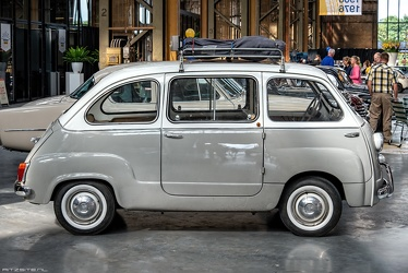 Fiat 600 D Multipla 1964 side