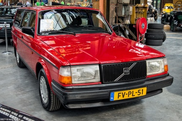 Volvo 240 Polar estate 1992 fr3q