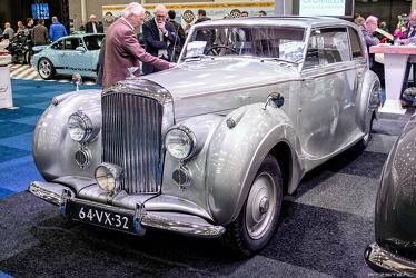 Bentley Mk VI FHC by James Young 1946 fl3q