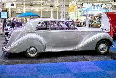 Bentley Mk VI FHC by James Young 1946 side