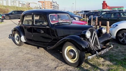 Citroen Traction Avant 11 BL 1954 fr3q