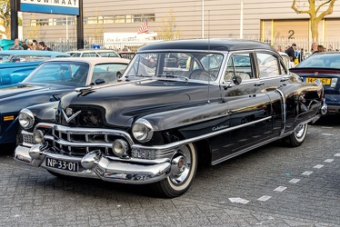 Cadillac 62 4-door sedan 1951 fl3q