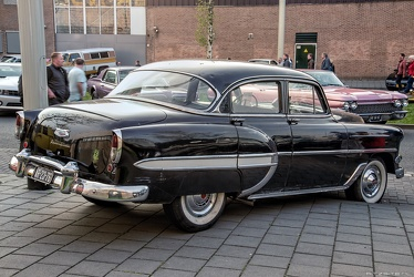 Chevrolet 210 DeLuxe 4-door sedan modified 1954 r3q