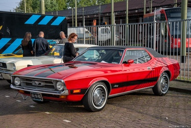 Ford Mustang S1 Grande hardtop coupe 1971 fl3q