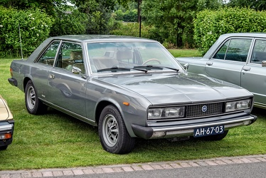 Fiat 130 coupe by Pininfarina 1972 fr3q